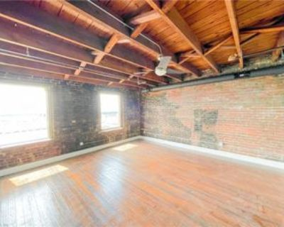 208 23rd St #200, Newport News, VA 23607 1 Bedroom Apartment