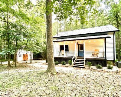 Ky Creek Cabin - Dahlonega's Hidden Gem! 2 acres on Creek/Firepit/Awesome deck! - Dahlonega