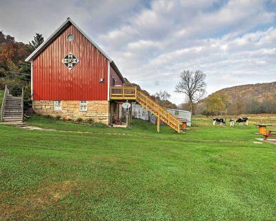 Unique Renovated Winona Barn w/2 Decks on 80 Acres - Winona