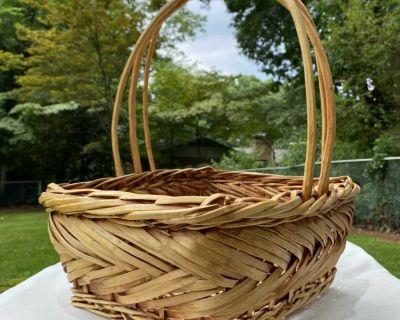 Large Wicker Basket W/ Handle