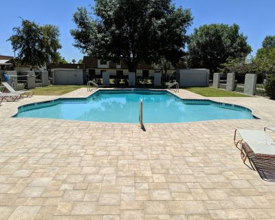 NEW! Old Town with Private Jacuzzi! - South Scottsdale