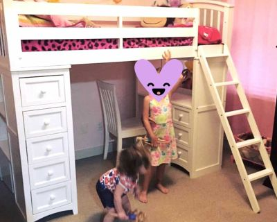 Kids Loft Bed with Desk/Chair