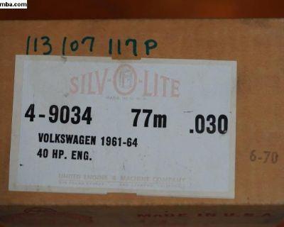 NOS Piston Set of 4 - 77/0.030 113107117P 40 HP