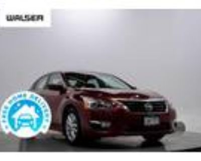 2014 Nissan Altima Red, 123K miles