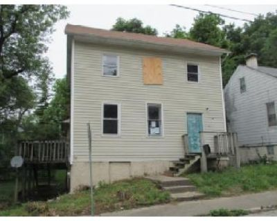 3 Bed 2 Bath Foreclosure Property in Belleville, IL 62220 - S 16th St