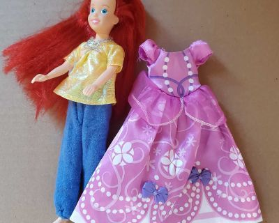 """9.5"""" red haired doll with extra outfit"""