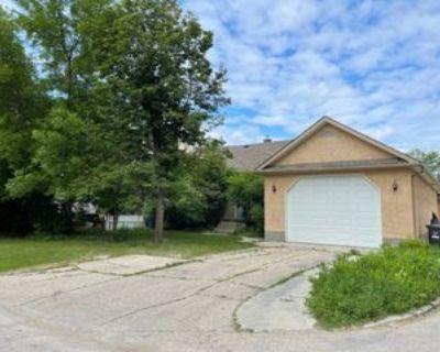 1114 Brazier St #1, Winnipeg, MB R2G 1R4 1 Bedroom Apartment