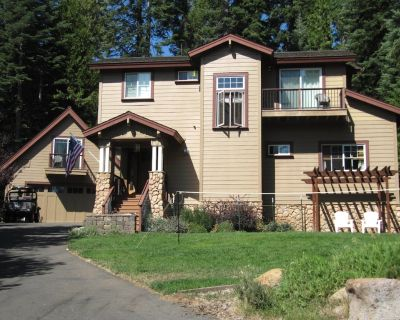 Gorgeous Lake Home Full of Family Fun! Bouy Included Near Rec 1 Beach - Lake Almanor Country Club