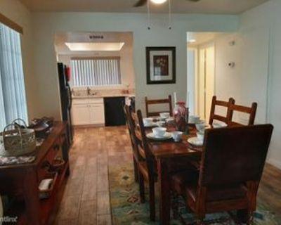 505 S Farrell Dr #E29, Palm Springs, CA 92264 2 Bedroom Condo