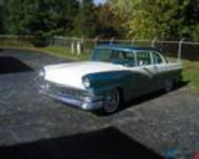 1956 Ford Fairlane Chrome Trim on Side of Body