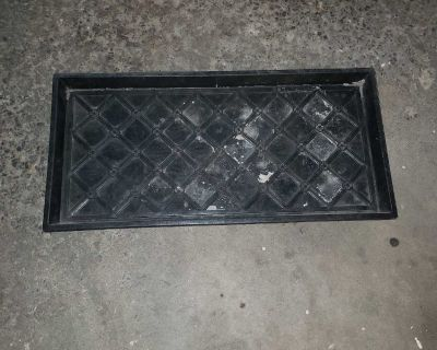 Boots tray