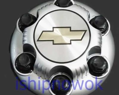 ISO 2004 Chevy Tahoe Hubcaps