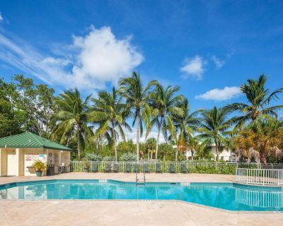 Trinidad Suite Summar - Key West