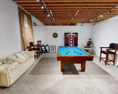 Codi Urban DTLA Lounge