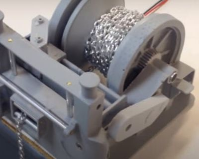 Build this RC boat winch