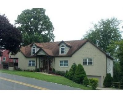 4 Bed 4 Bath Foreclosure Property in Morgantown, WV 26505 - Charles Ave