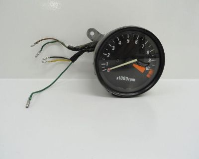 82 Honda Vf750c Magna V45 Used Rpm Tachometer Indicator Pod Gage
