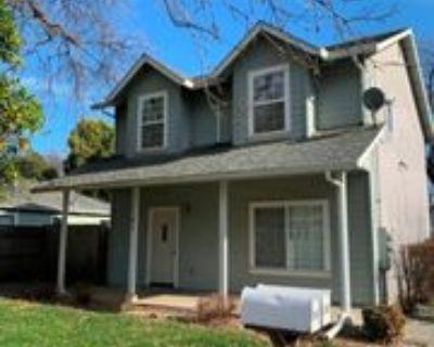 1161 E 8th St, Chico, CA 95928 3 Bedroom House