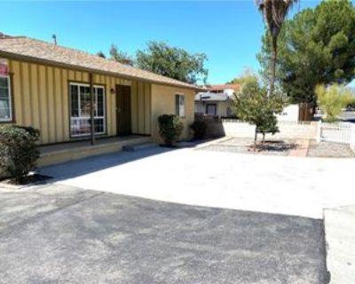 946 Park Ave, Calimesa, CA 92320 3 Bedroom Apartment