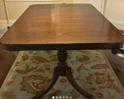 Duncan Table and 6 chairs