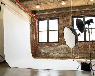 Spacious Natural Light Photo Studio with All Inclusive Profoto and Aputure Gear, New York, NY