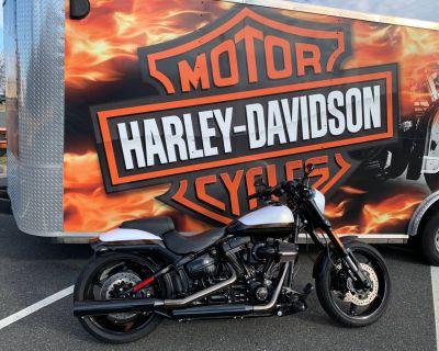 2017 Harley-Davidson CVO Pro Street Breakout Cruiser Fredericksburg, VA