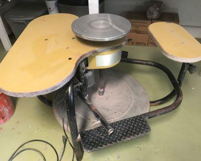 Brent EJ electric kick wheel