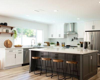 Modern Designer House with Gourmet Kitchen, Bright Natural Light, Anaheim Hills, CA