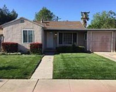 627 Merle Ln, Manteca, CA 95336 2 Bedroom House