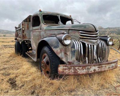 1946 Chevrolet Dump Truck