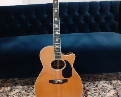 Wanted: acoustic guitars