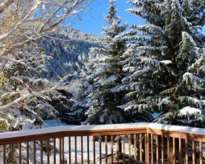 Updated Eagle-Vail 4 bedroom Duplex with Hot Tub and Sauna. Sleeps 10. - Eagle-Vail
