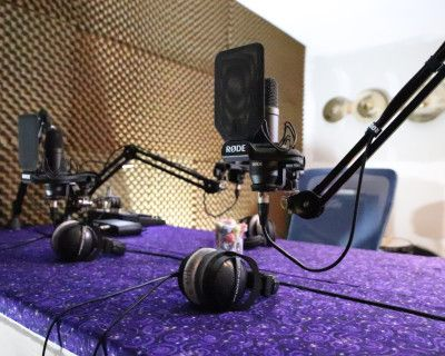 'Private' Podcast Studio, Soundroom, Instrument Recording, Voiceovers - Creative Space w/Video and Audio avail., Sherman Oaks / Los Angeles, CA