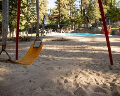 Little Pines Cozy Couple's Resort Cottage / Walk To Lake/Marina/Village - Big Bear Lake