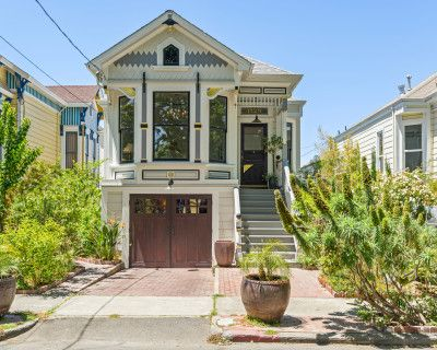 1885 Queen Anne Victorian Cottage near the San Francisco Bay, Alameda, CA