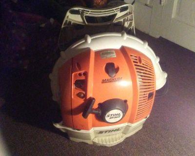 STIHL BR 600 Back pack leaf blower.