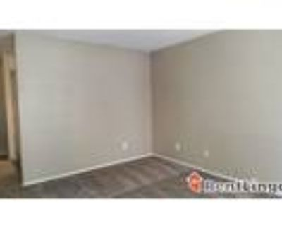 2 bedroom 236 Broadview