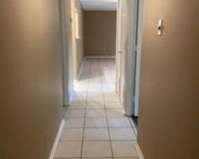 1008 S College Rd #104, Lafayette, LA 70503 2 Bedroom House