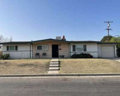 2121 Noble Ave #1, Bakersfield, CA 93305 3 Bedroom Apartment
