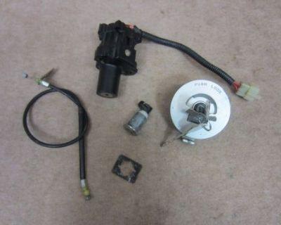 03 04 05 06 Honda Cbr 600rr 600 Rr Lock Set Ignition Trunk Gas Cap Key Oem