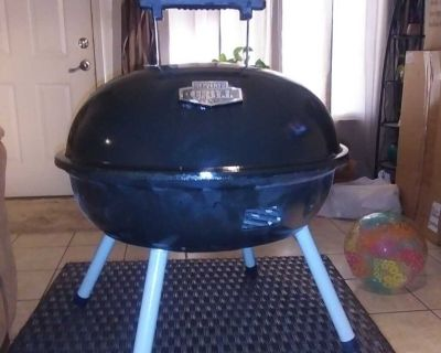Expert, portable charcoal Grill!