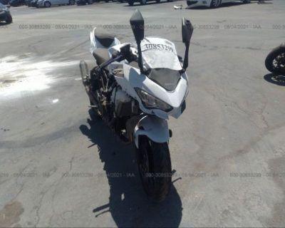 Salvage White 2020 Kawasaki Ex400