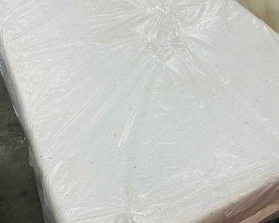 Full size mattress memory foam