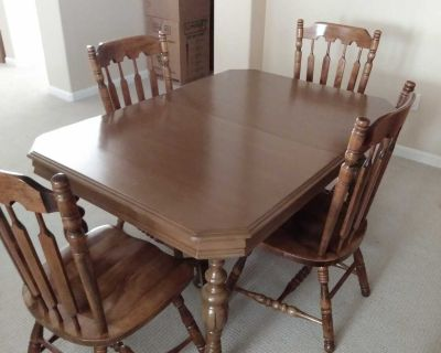 Antique Dining Room Table w/ 4 Chairs
