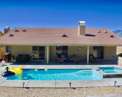 4BED/2BA PRIVATE SALTWATER POOL & SPA, LARGE FAMILY HOME, CONTACTLESS CHECK-IN - Desert Hot Springs