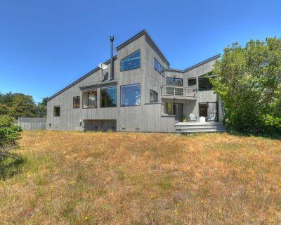 Casa de Luz: 3 BR, 2.5 BA House in The Sea Ranch, Sleeps 6 - Sea Ranch