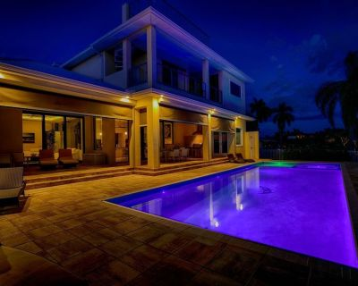 Waterfront luxury with 360 degree view rooftop platform - Caloosahatchee