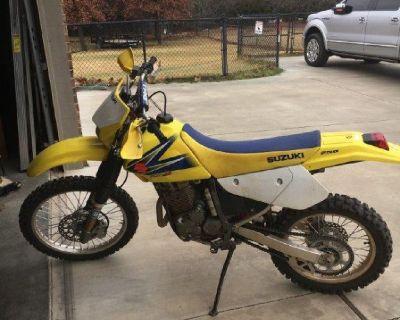 Suzuki DRZ250 Trail Dirt Bike