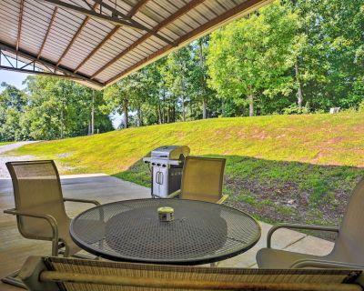 Wooded Gilbertsville Hideaway on Kentucky Lake! - Gilbertsville