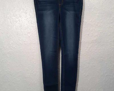 NWOT No Boundaries Skinny Leggings Jeans